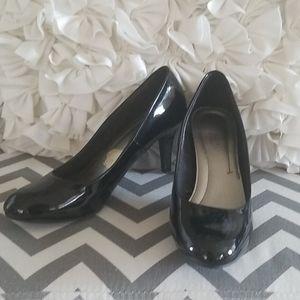 Comfort plus patent heels size 7